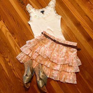 Dresses & Skirts - Feminine Ruffle Skirt